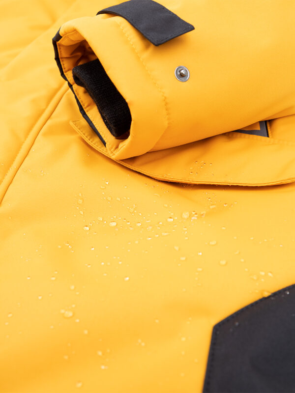Куртка зимняя для мальчика Nikastyle 4з3321 горчичный рукав